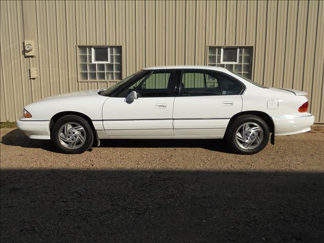 1995 Pontiac Bonneville SE For Sale In Sioux Falls SD - Peterson Auto ...