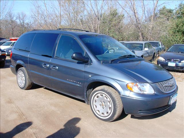 2001 Chrysler Town &amp; Country