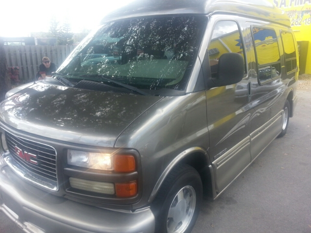 2001 GMC Savana Base - Hollywood FL