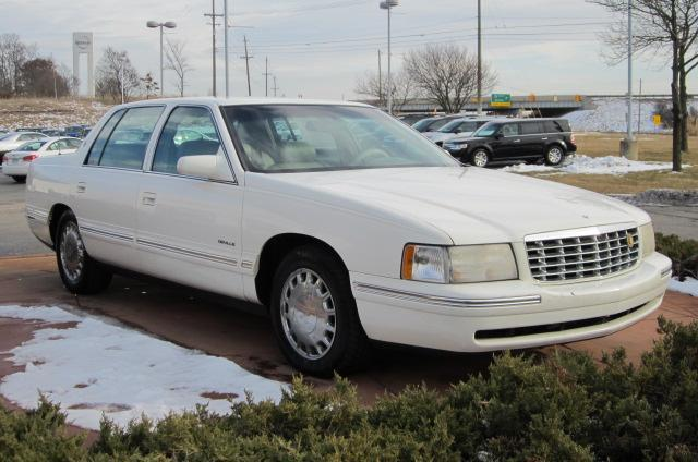 Image 1 of 1999 Cadillac Deville…