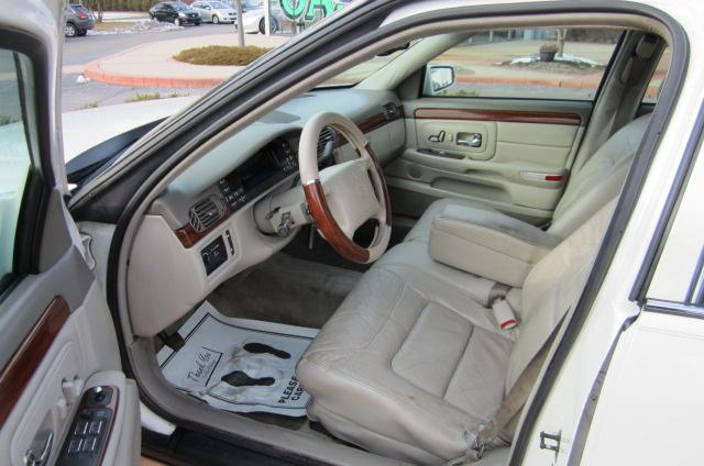 Image 4 of 1999 Cadillac Deville…