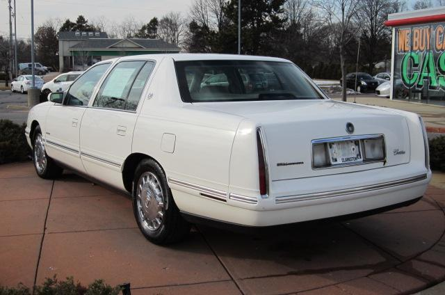 Image 19 of 1999 Cadillac Deville…