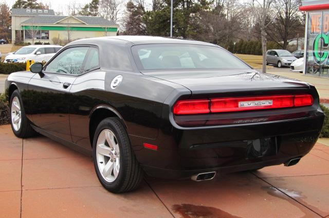 Image 20 of 2011 Dodge Challenger…