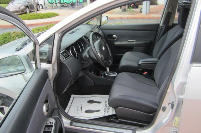 Image 4 of 2008 Nissan Versa 1.8…