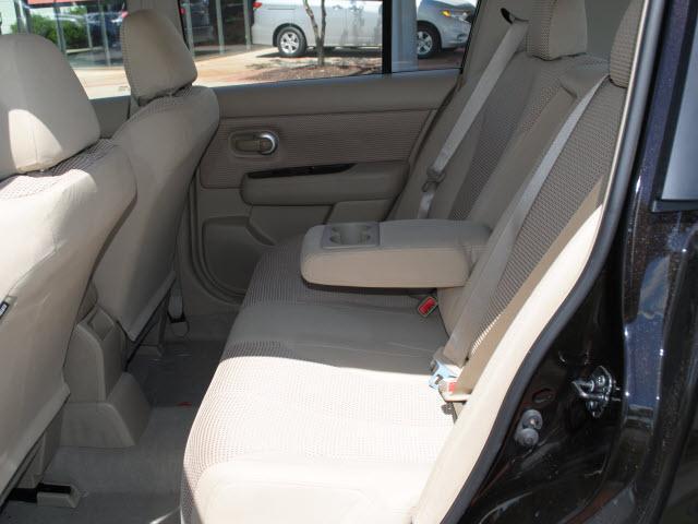 Image 31 of 2011 Nissan Versa 1.8…