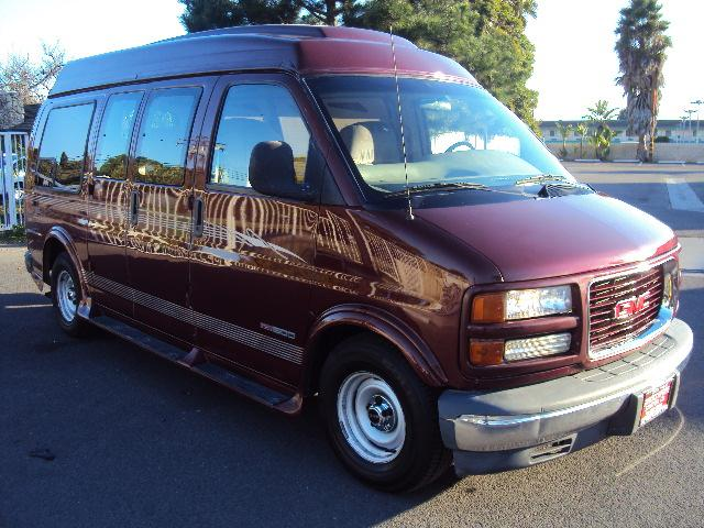 2000 GMC SAVANA G1500 CONVERSION maroon high top van conversion power windows power door locks t