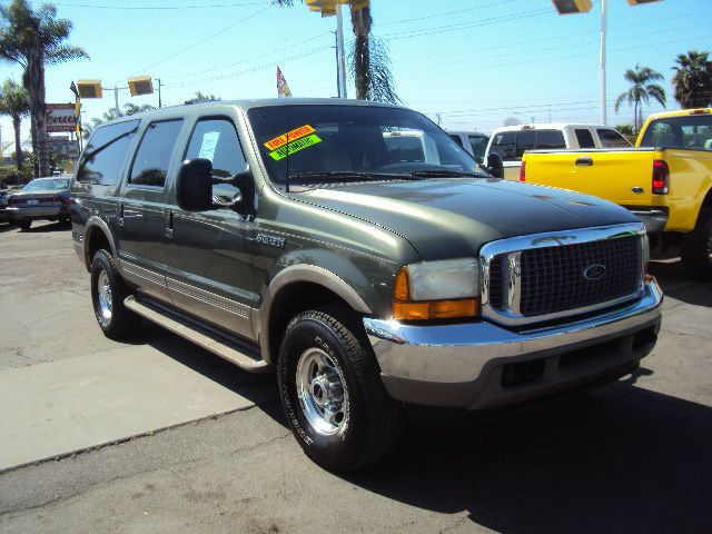 2000 FORD EXCURSION LIMITED 4WD met green full power leather 4 wheel drive 2 tvs  dvd amfm cd pl