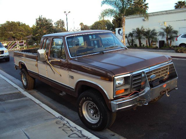 1986 FORD F250 SUPERCAB 2WD browntan 4 wheel drive lariat extended cab full power alloy wheels to