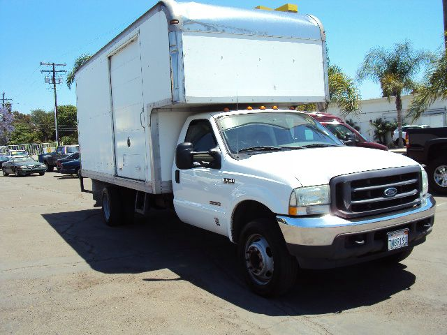 2004 FORD F450 REGULAR CAB 2WD DRW