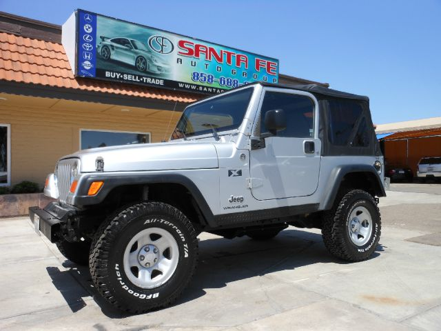 2005 JEEP WRANGLER X silver no defects  the engine is mechanically sound and can be driven anywhe