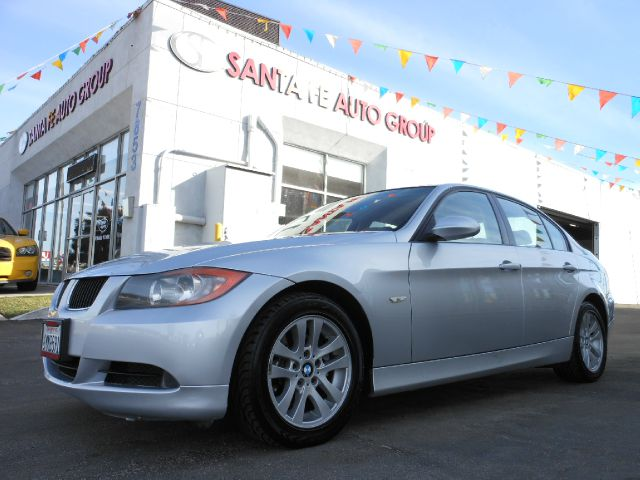 2006 BMW 3 SERIES 325I SEDAN silver all power equipment is functioning properly  there are no not