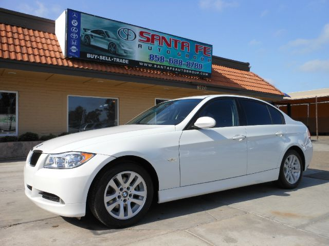 2006 BMW 3 SERIES 325I SEDAN white there are no electrical problems with this vehicle  there are