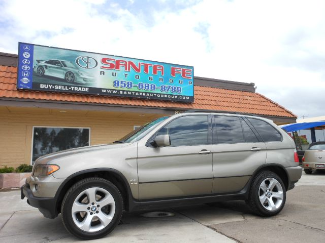 2004 BMW X5 44I gray all power equipment is functioning properly    there are no defects present