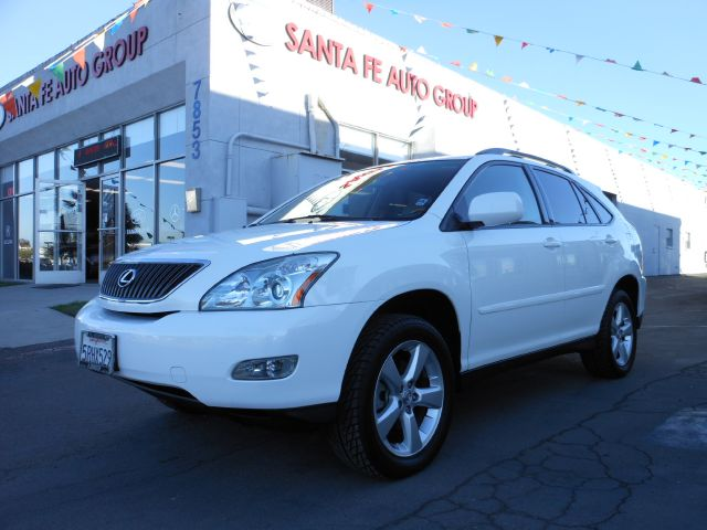 2004 LEXUS RX 330 2WD pearl all power equipment is functioning properly  this vehicle has no defe