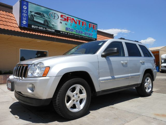 2006 JEEP GRAND CHEROKEE LIMITED 2WD silver all electrical and optional equipment on this vehicle 