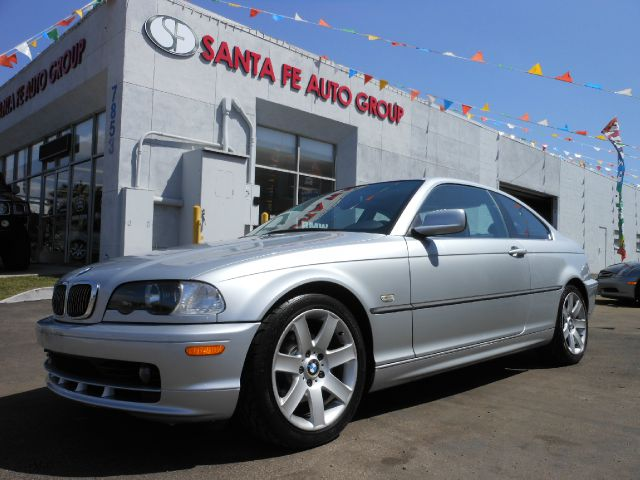 2000 BMW 3 SERIES 323CI silver all power equipment on this vehicle is in working order  there are