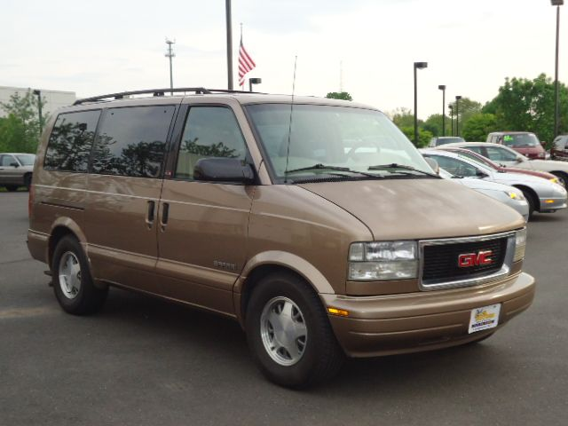 2000 GMC Safari