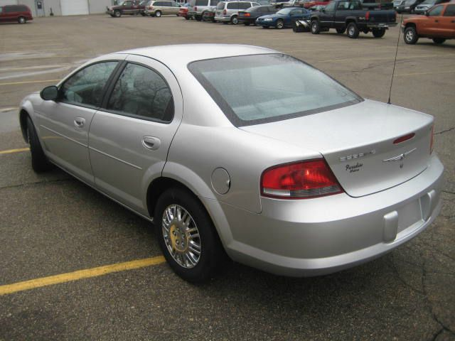 2004 Chrysler Sebring - COOPERSVILLE, MI