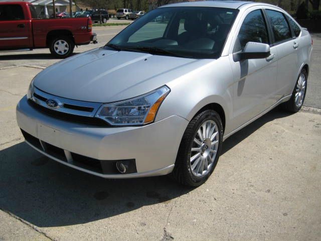 2009 Ford Focus - COOPERSVILLE, MI