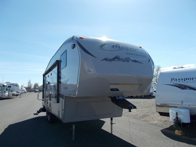 2011 KEYSTONE COUGAR 246RLS