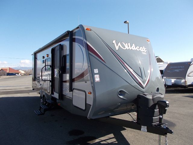 2013 FOREST RIVER WILDCAT 26FBS
