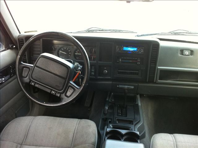 Image 6 of 1996 Jeep Cherokee Sport…