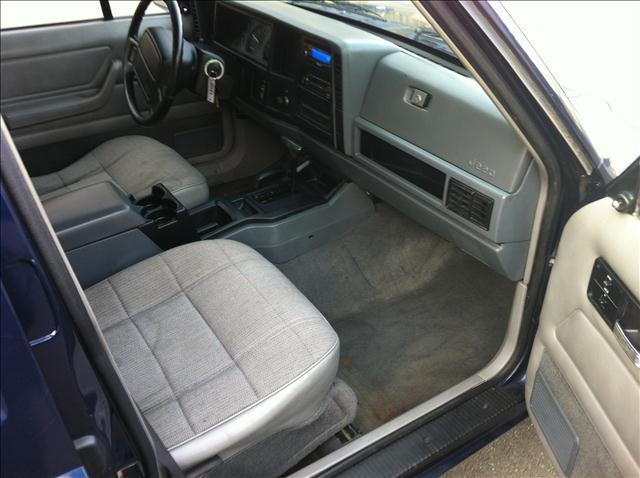 Image 16 of 1996 Jeep Cherokee Sport…