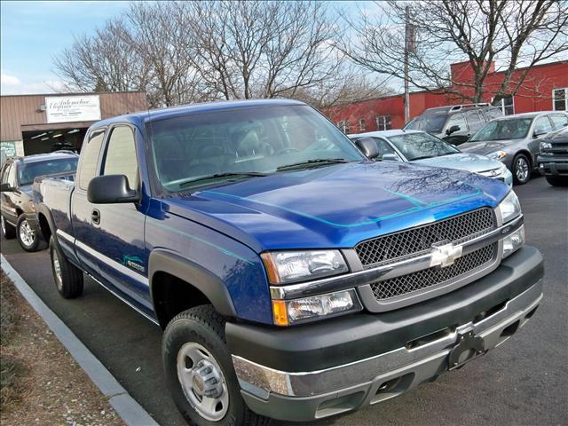 2003 Chevrolet Silverado 2500 Base - Danbury CT