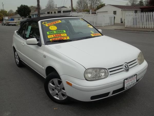2002 VOLKSWAGEN CABRIO white this is a  white 2002 volkswagen cabrio 2 door convertible 5 speed ma