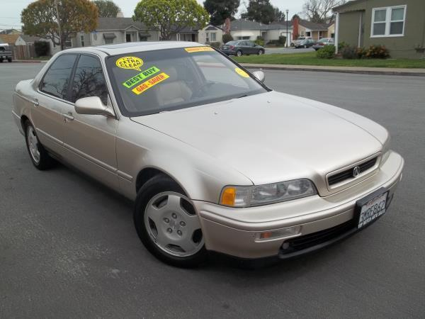 1995 ACURA LEGEND champagne this is a beautiful champagne 1995 acura legend 4 door sedan 4 speed a