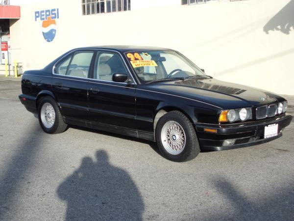 1994 BMW 5 SERIES black this is a black 1994 bmw 5 series 4 door sedan 5 speed automatic v8 30l