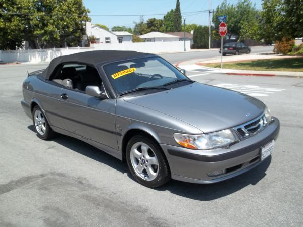 2001 SAAB 9-3 champagne this is very nice champagne 2001 saab 9-3 2 door convertible 5 speed manua