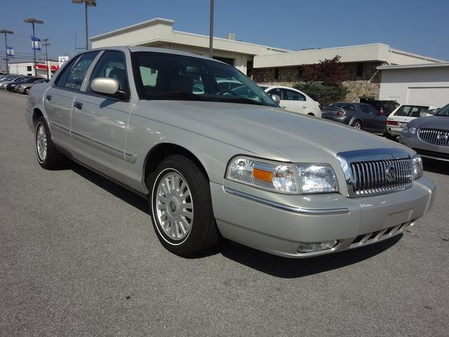 2008 Mercury Grand Marquis
