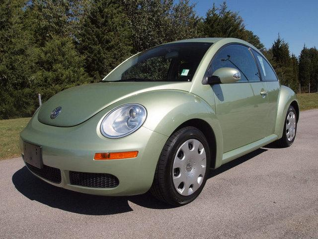 2010 Volkswagen New Beetle