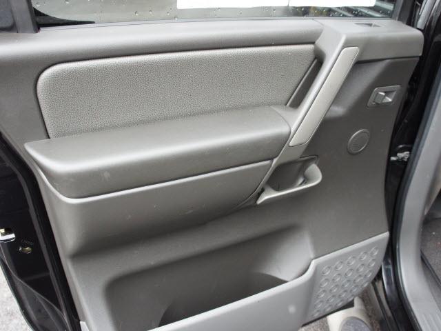 Image 2 of 2005 Nissan Titan LE…