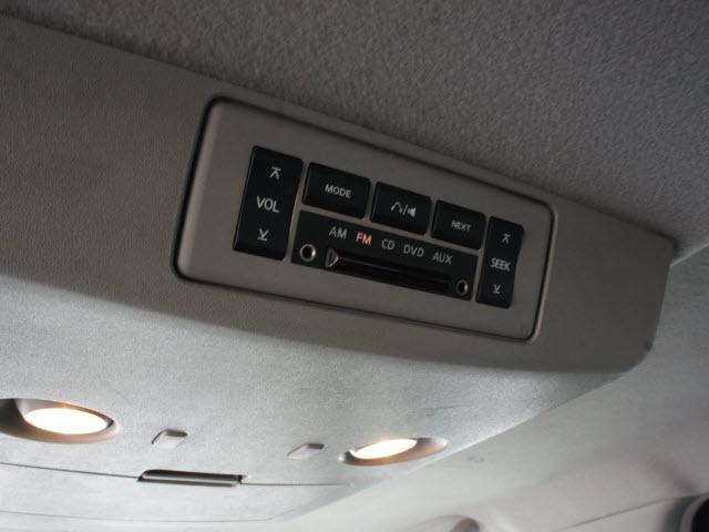 Image 3 of 2005 Nissan Titan LE…