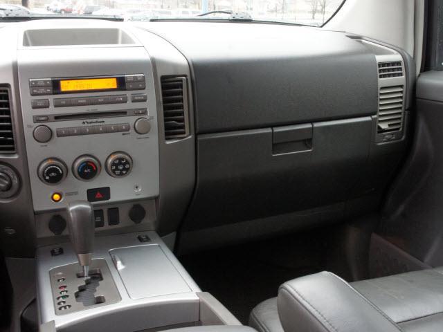 Image 5 of 2005 Nissan Titan LE…
