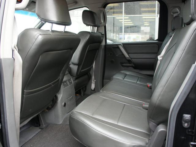 Image 16 of 2005 Nissan Titan LE…