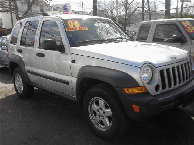 Image 1 of 2006 Jeep Liberty Sport…