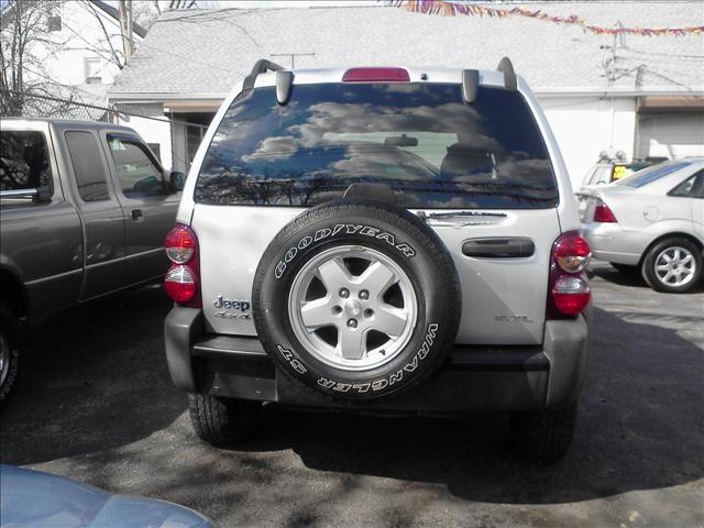 Image 3 of 2006 Jeep Liberty Sport…