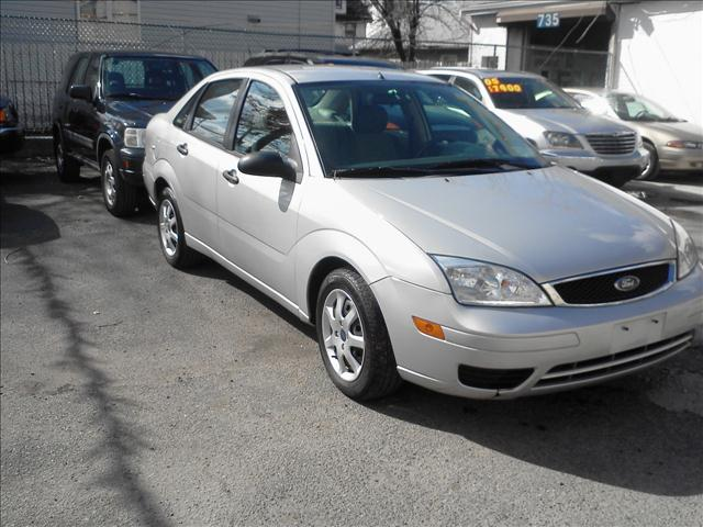 Image 3 of 2005 Ford Focus ZX4…