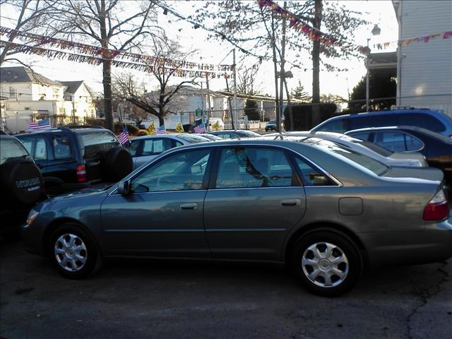 Image 3 of 2004 Toyota Avalon XL…