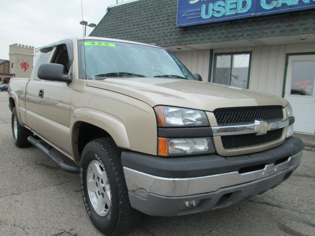 2004 Chevrolet Silverado 1500 - CRYSTAL LAKE, IL