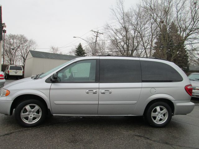 2005 Dodge Grand Caravan - CRYSTAL LAKE, IL