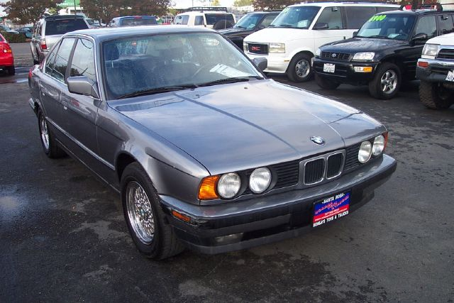 1992 BMW 5 SERIES 535I grey abs brakesair conditioningalloy wheelsamfm radioanti-brake system