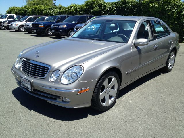 2003 MERCEDES-BENZ E-CLASS E320 black 4 dooralloy wheelsamfm radioantilock brakescd playercr