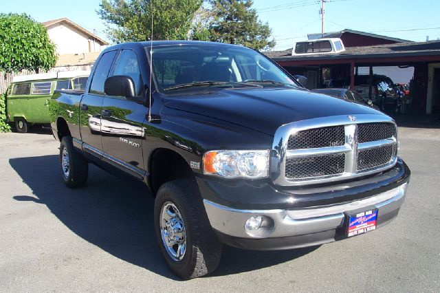 2005 DODGE RAM 2500 SLT QUAD CAB SHORT BED 4WD black low miles 57 hemi 4 door4 wheel drivealloy