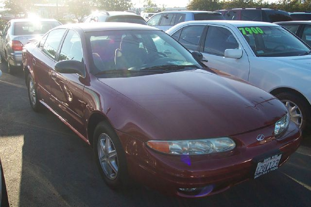 2003 OLDSMOBILE ALERO GL1 SEDAN red air conditioningalloy wheelsamfm radioanti-brake system n