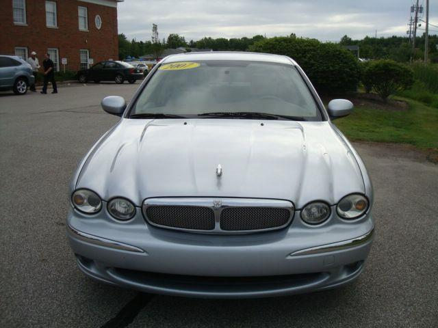 2007 Jaguar X-Type 3.0 Sedan AWD - Chagrin Falls OH