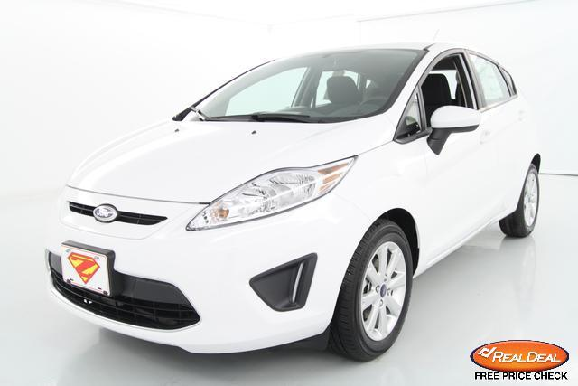 Image 3 of 2012 Ford Fiesta SE…